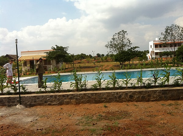 Swimmingpool der Seminaranlage